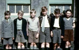 Vintage photo of 5 school boys